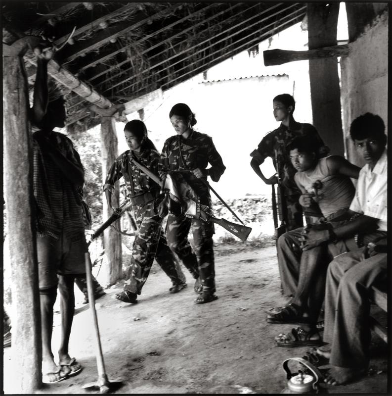 Gerrilla maoista Dailekh herrian 2001ean